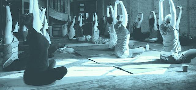 mothers-yoga-social-york.jpg