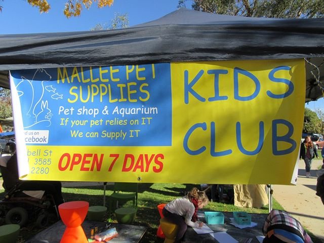 I wonder what fun activity April has planned for the children this market? I'm sure it will be lots of fun. Thankyou Mallee Pet Supplies for sponsoring our Kids Club every month
