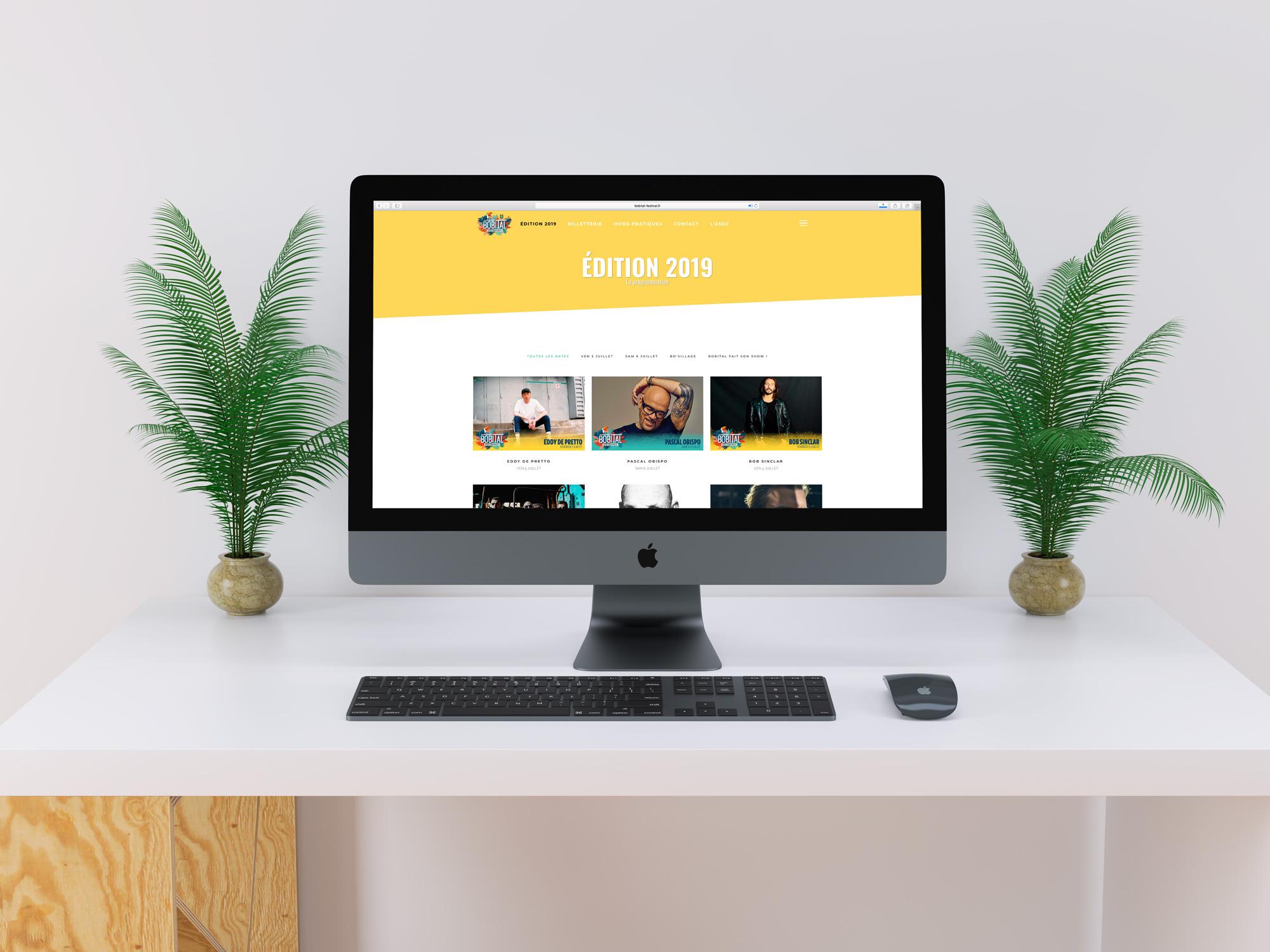 Création des visuels destinés à être intégrés sur le site web du Festival (visuel homepage ; vignettes artistes ; fond de billet ; plans 3D…). https://www.bobital-festival.fr/