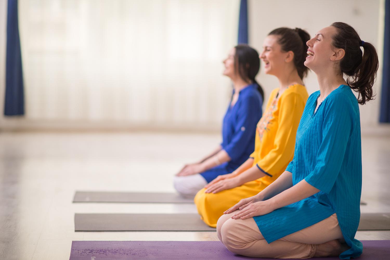 : cum slabesc usor, pozitii yoga pentru slabit, tipuri de alimentatie, mantre pentru slabit