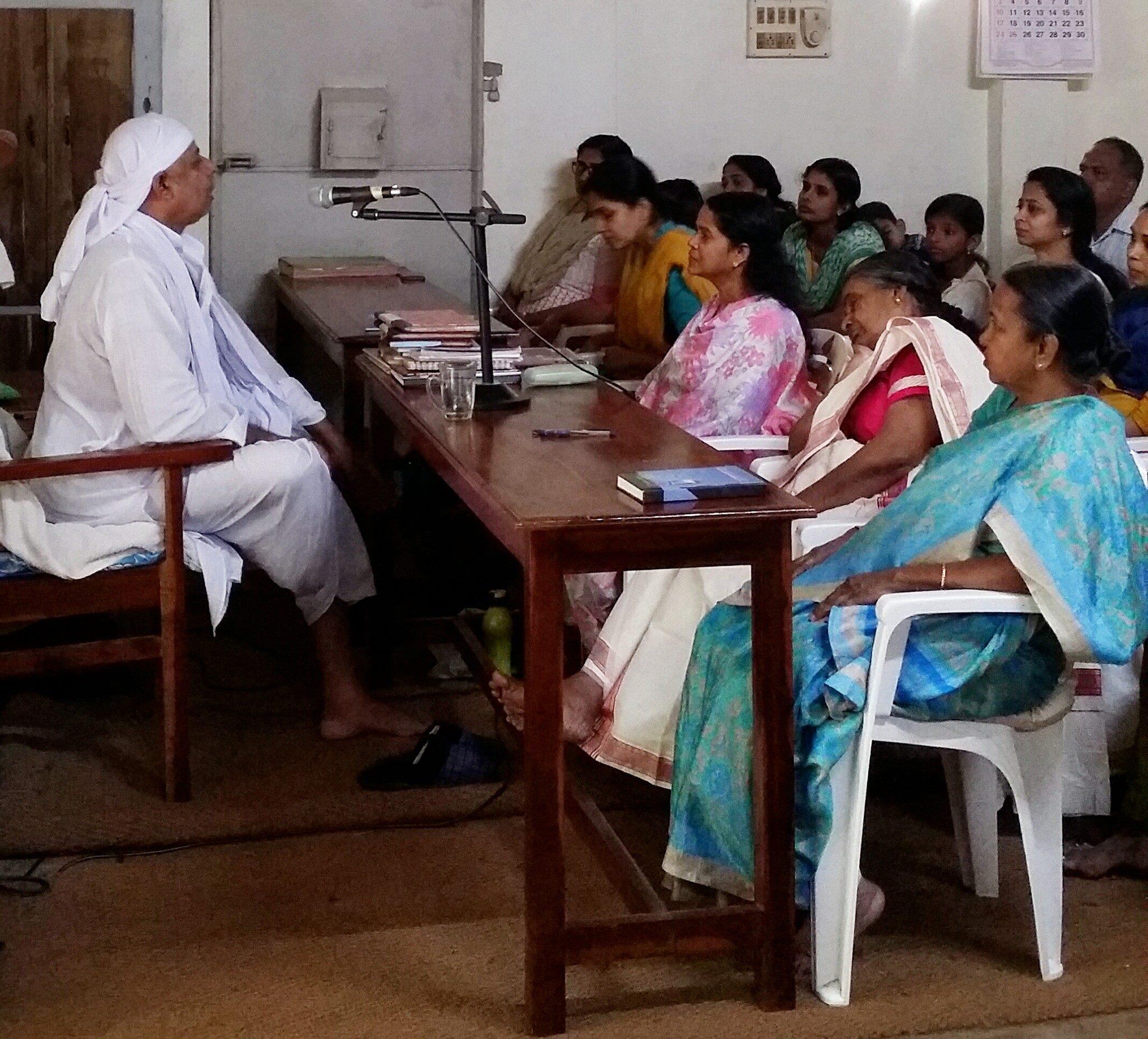 calatorie ashram, training india, yoga, spiritualitate