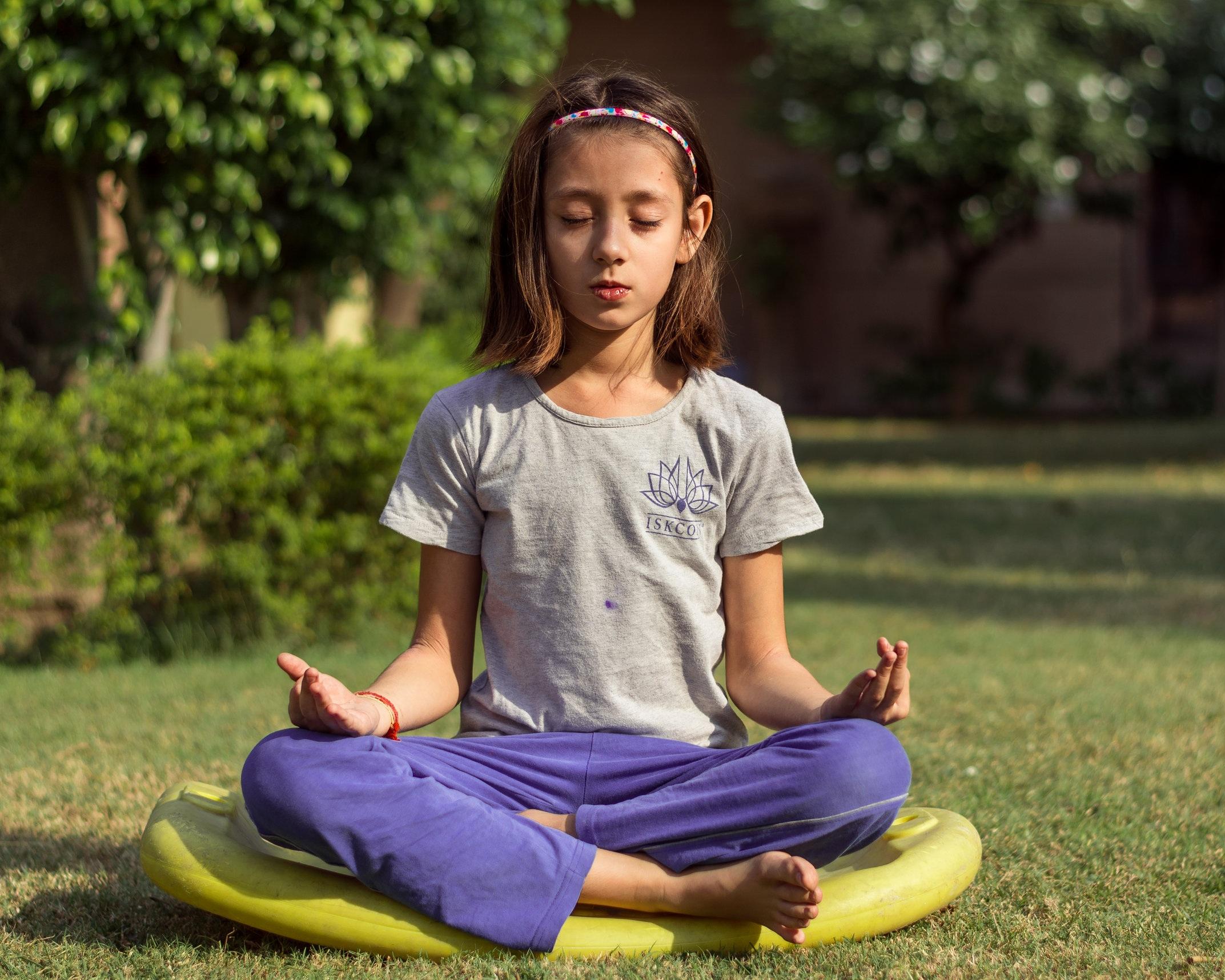 alegere curs yoga pentru copii