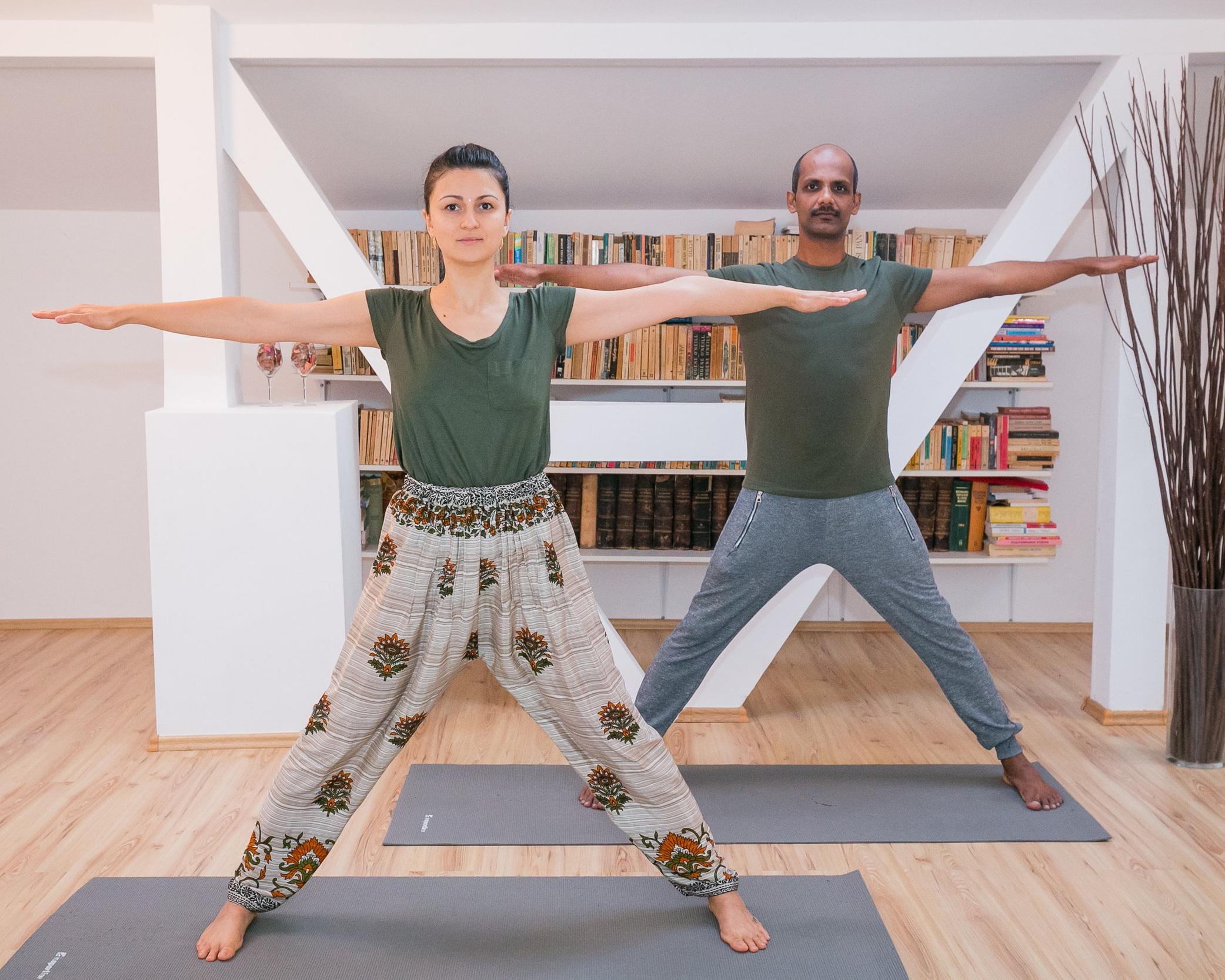yoga+pentru+dureri+de+spate