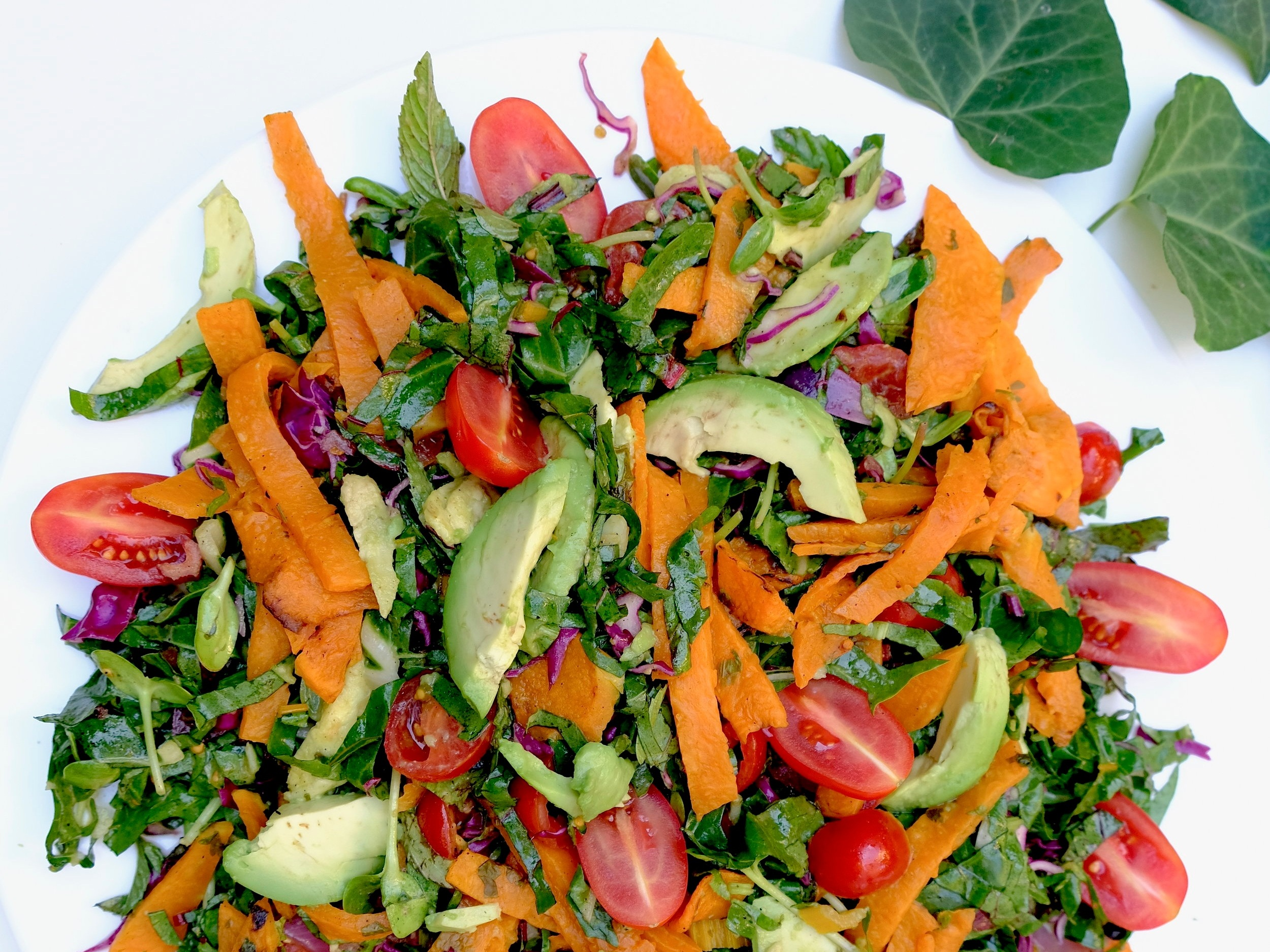 salata cu dovleac copt si avocado
