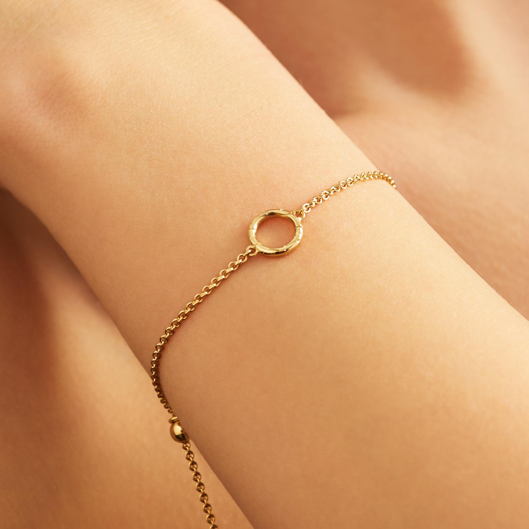 open-cricle-fur-bracelet-FC10-wrist.jpg