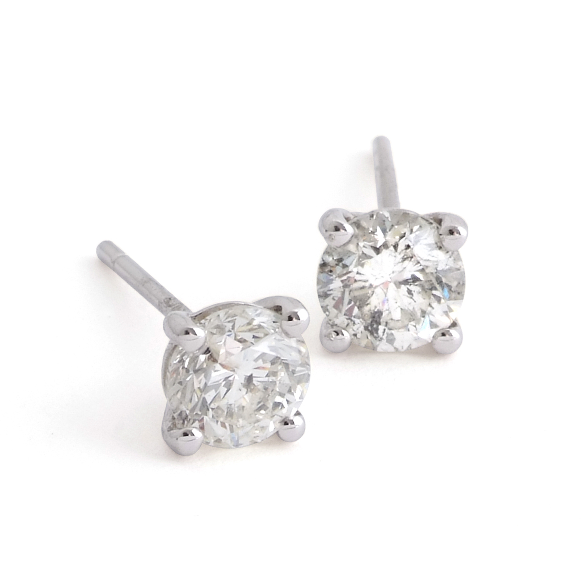 Pair-of-brilliant-cut-diamond-earstuds.jpg