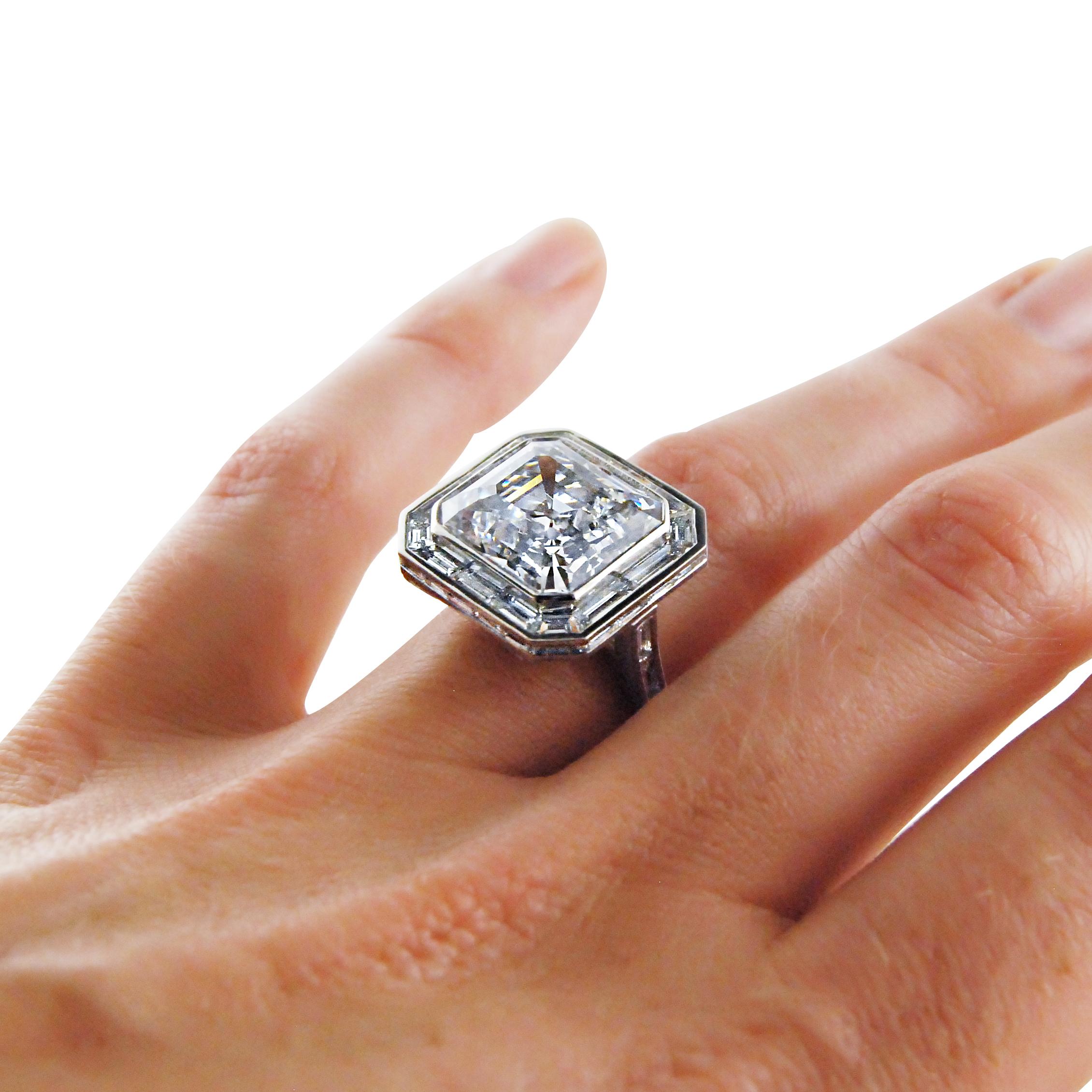 10.62ct-step-cut-diamond-and-platinum-ring-2.jpg