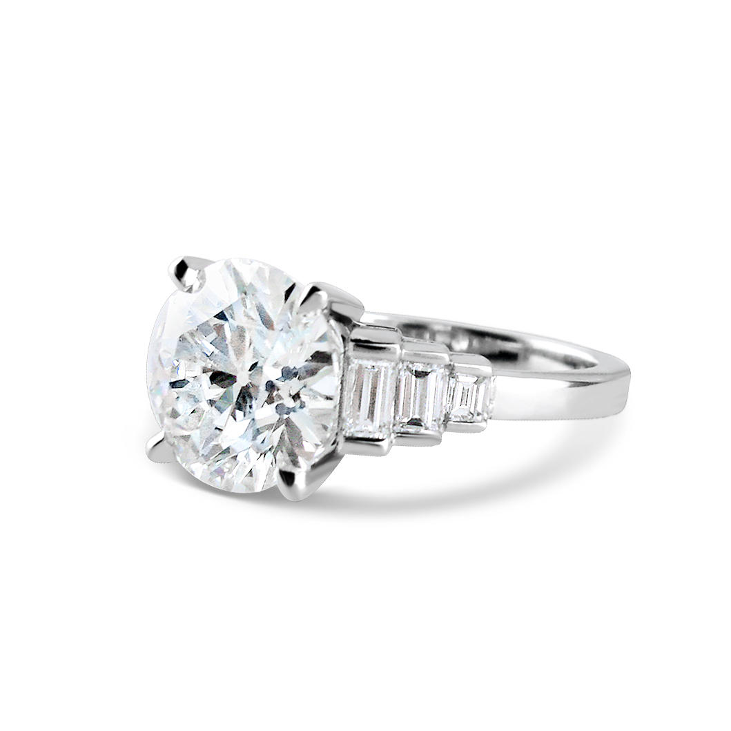 Brilliant-cut-diamond-and-baguette-cut-diamond-ring-1.jpg
