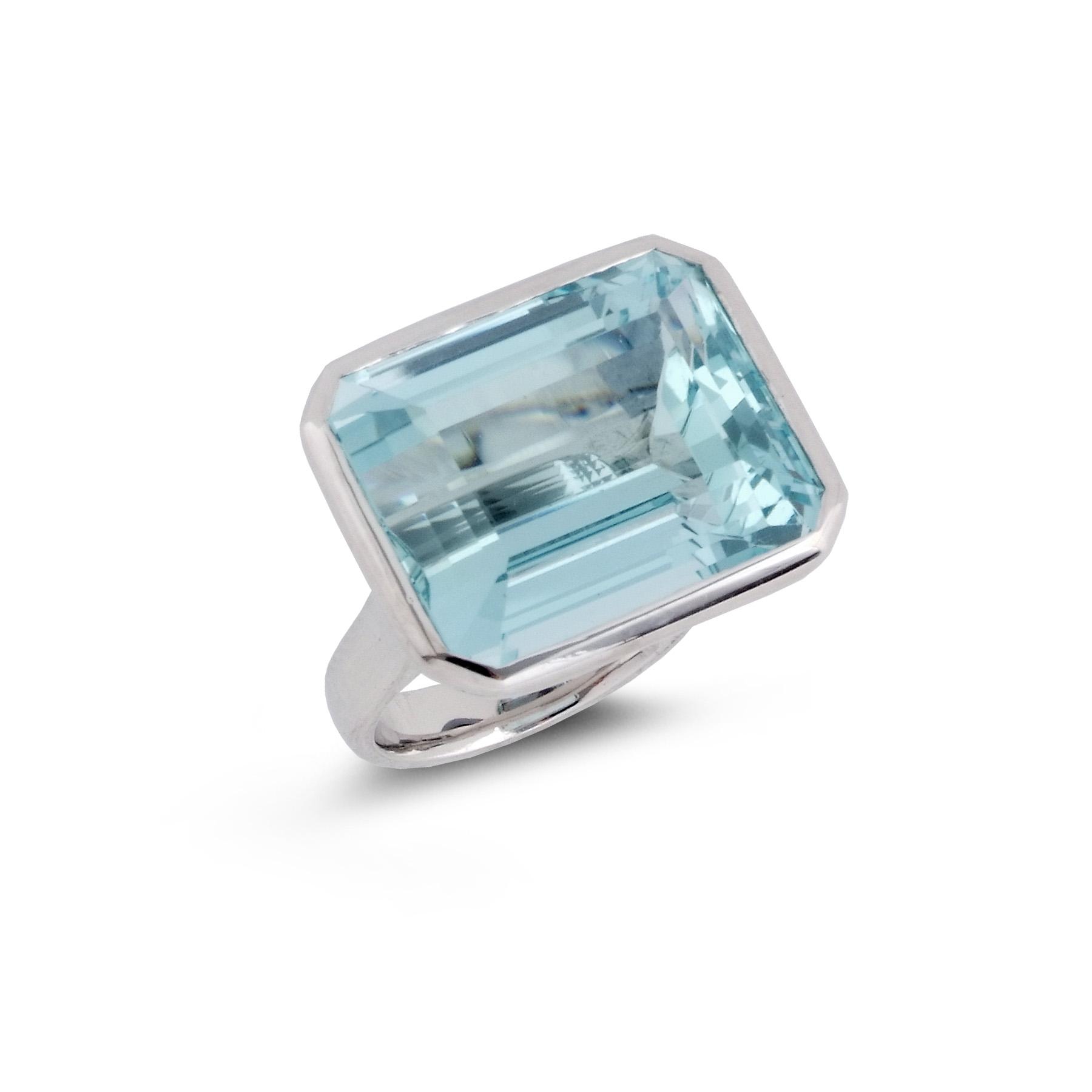 Step-cut aquamarine ring