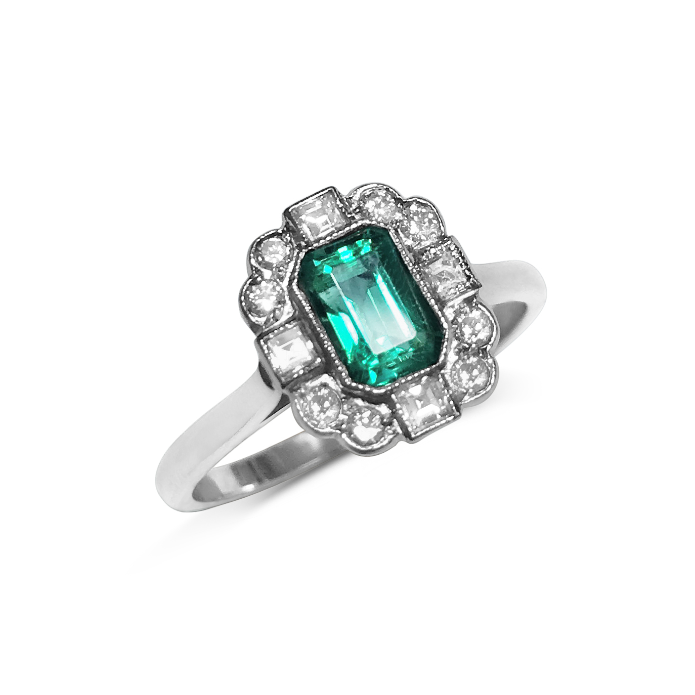 emerald and diamond four points ring front