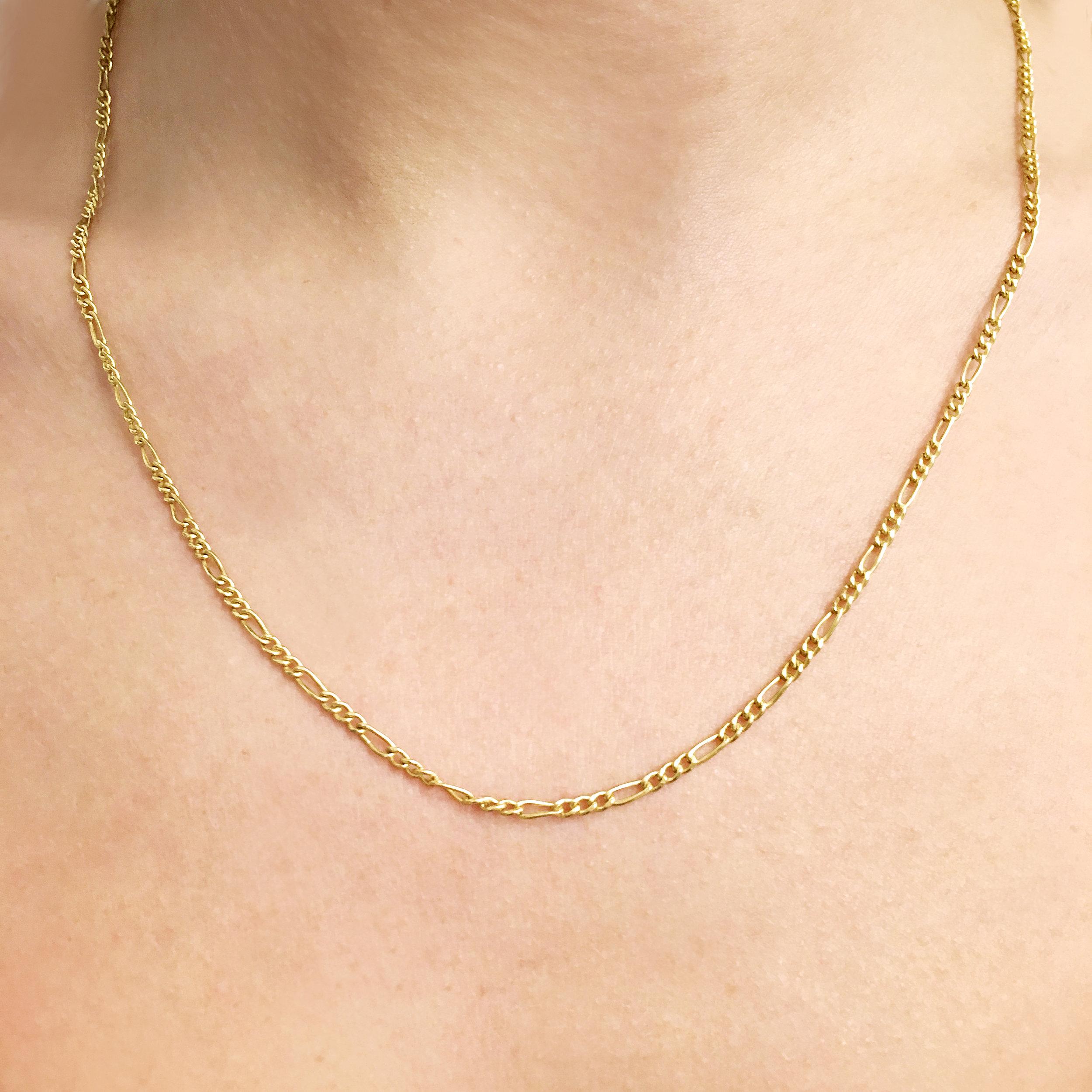 20-inch-9ct-yellow-gold-figaro-chain-0.jpg