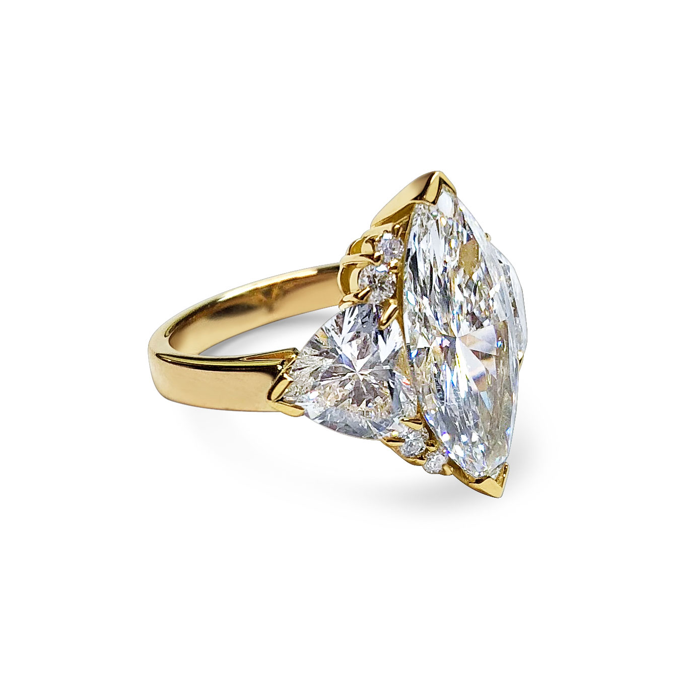 Bespoke marquise and heart-shaped diamond ring, mounted in 18ct yellow and rose gold side view
