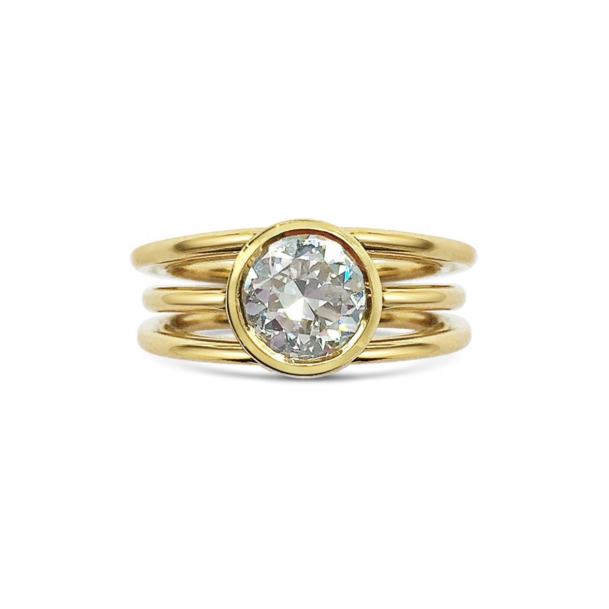 Diamond three row ring top view