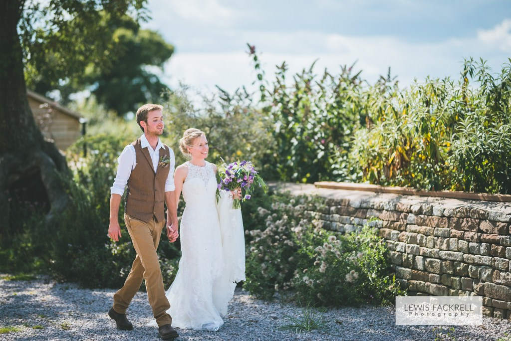 Sian-Paul-Humble-By-Nature-Farm-Monmouth-wedding-photographer-Lewis-Fackrell-photography-©-56.jpg
