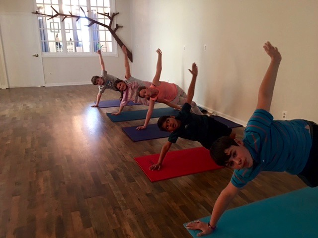 kids yoga in oyster bay