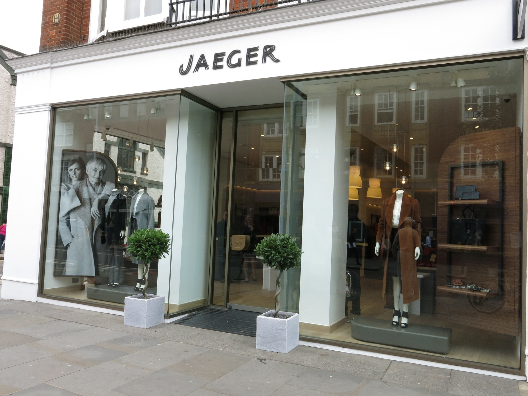 Jaeger.jpg