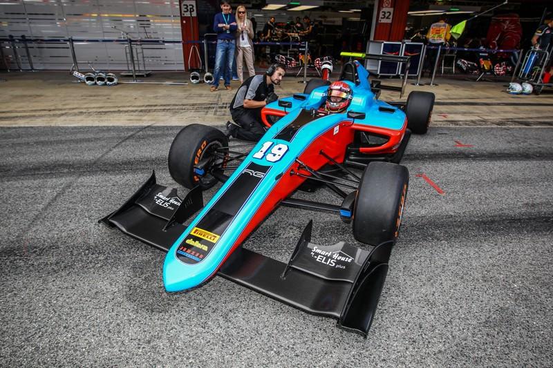 Richard Gonda vo Formule GP3, Barcelona 2016, foto archív R. Gondu