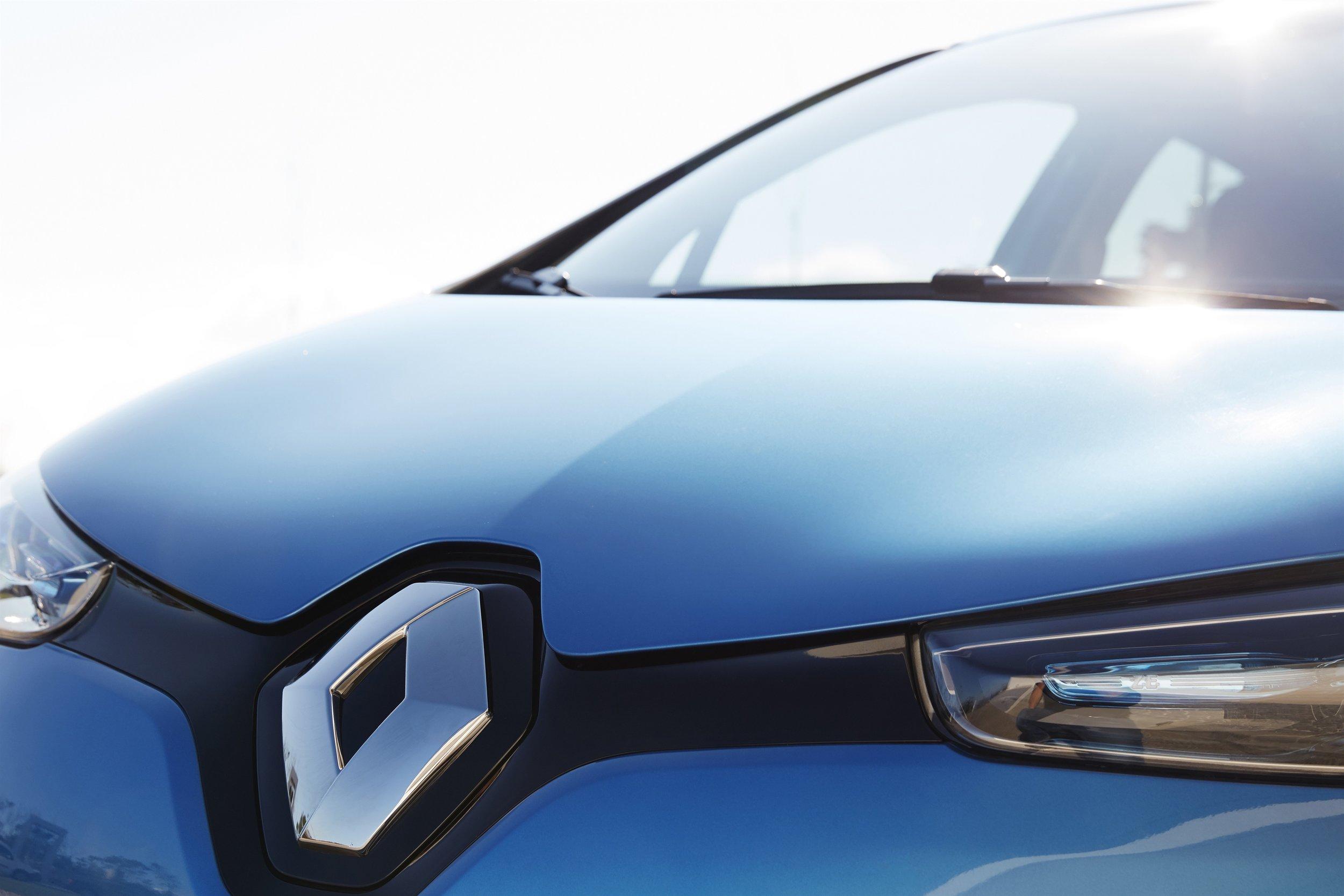 85041_2016_-_New_Renault_ZOE_Z_E_40_drive_tests_in_Portugal.jpg