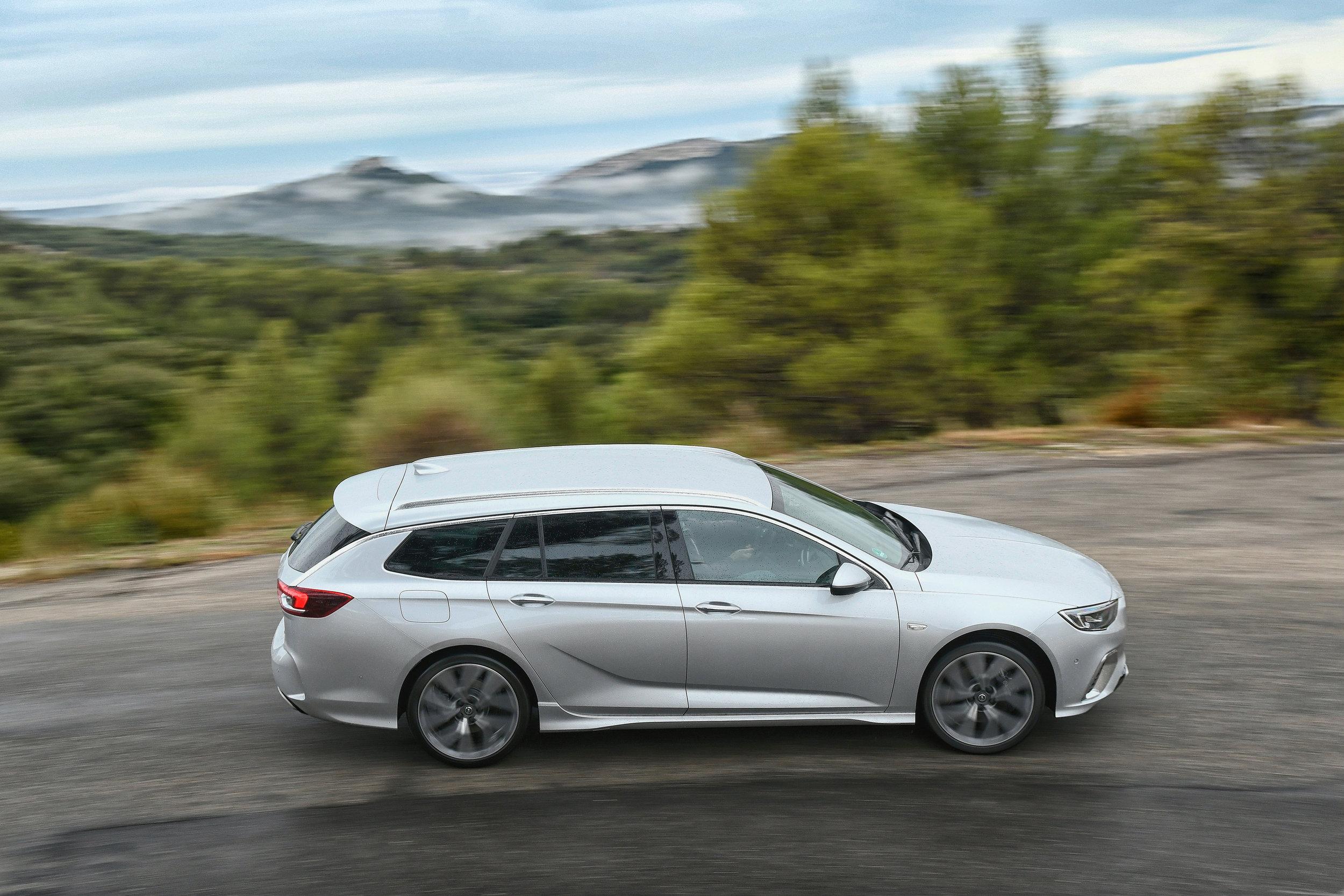 Opel-Insignia-GSi-501867.jpg