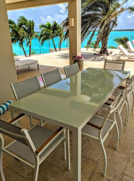 Villa Capri Turks and Caicos - patio