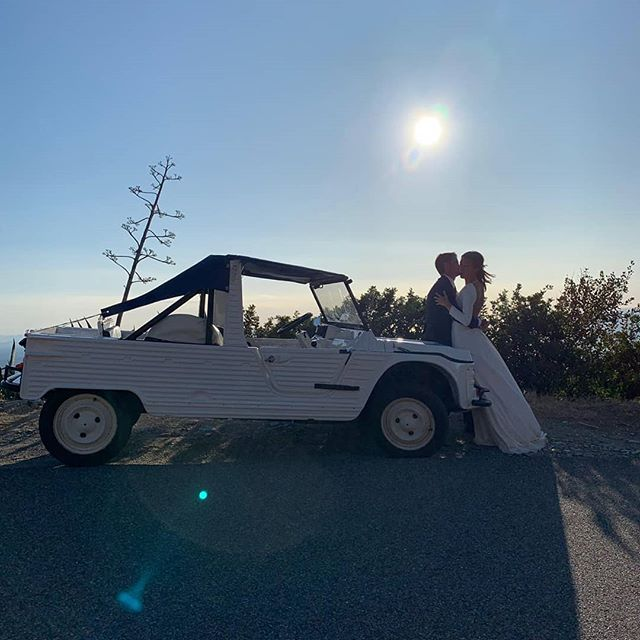 |•BEAU VOYAGE•| Marine&Quentin Murraccioli&Lyon  PIC@louisperrin..merci🎆  #couventstyle #couventdelannunziata #events #wedding #authentique #beauty #lieuatypique  #magicplace #seaview #centuri #capcorse #isula #