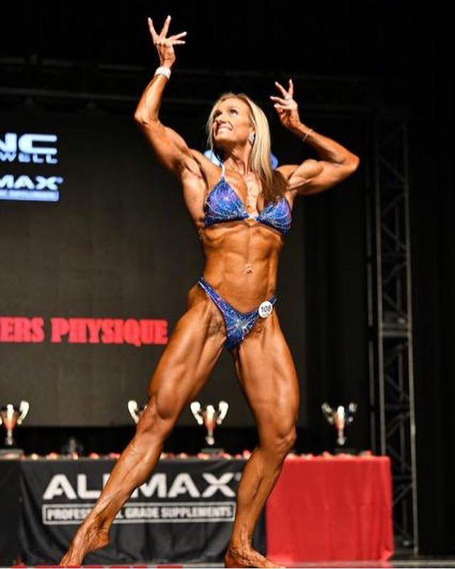 Suits by @bikinifitcanada ❤️ _________________________________________ #bikini#suits#figure#fitness#girlswholift#physique#toronto#fitspo#aesthetic#gym#training#fitfam#fitgirl#bodybuilding#fitspiration#bikinicompetitor#bikiniathlete#fitlife#운동스타그램#운동#헬스타그램#운동하는여자#피트니스#비키니#비키니선수#다이어트#헬스#피지크