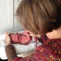 jane -weighing baby2.jpg