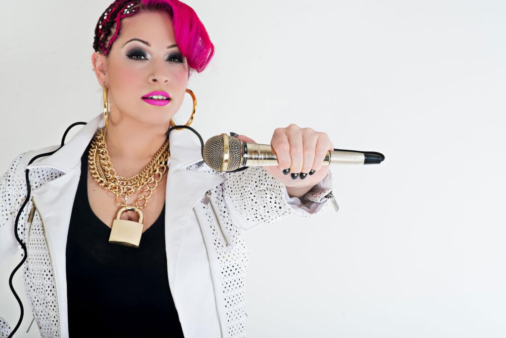 """Marisol Vélez - """"PINQY RING"""""""