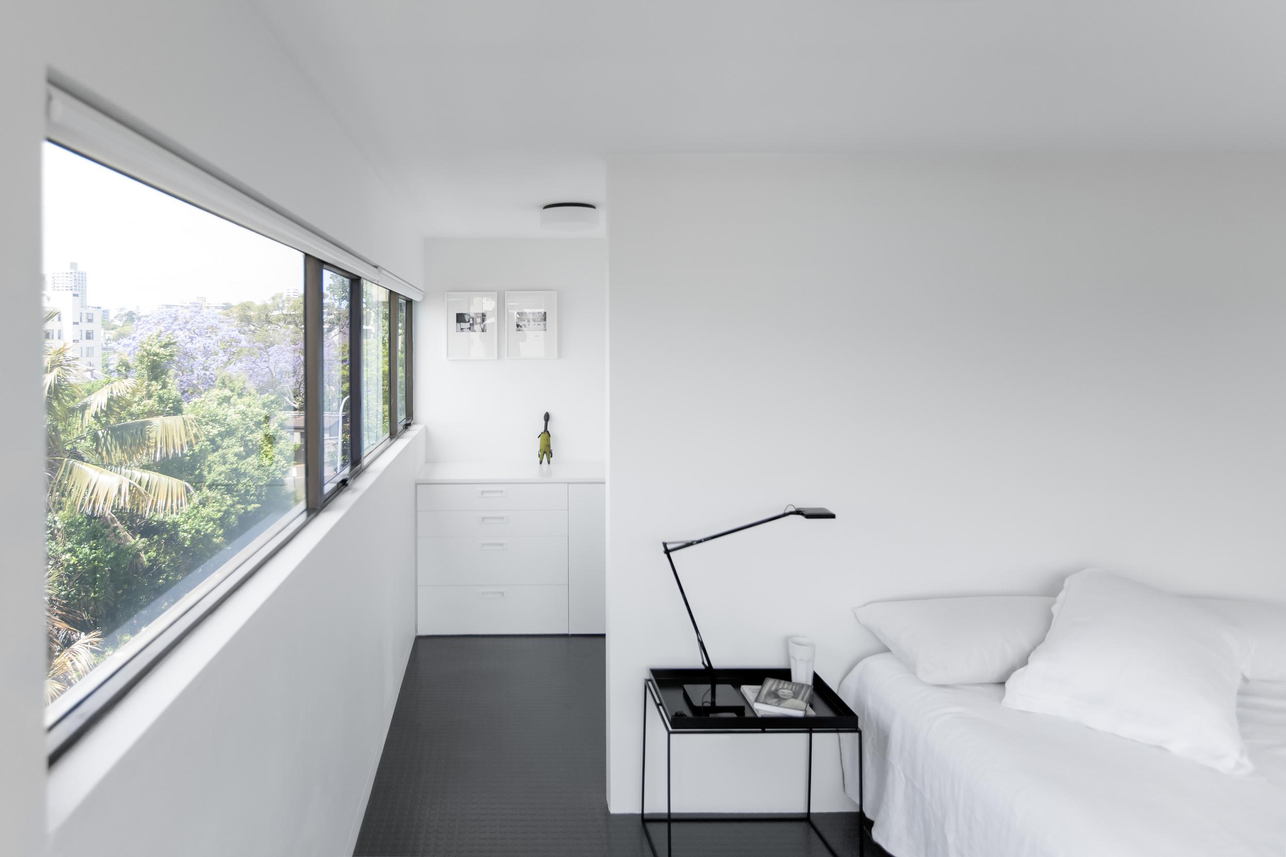 1412-InterLodge-HR-print-007-bedroom laundry.jpg