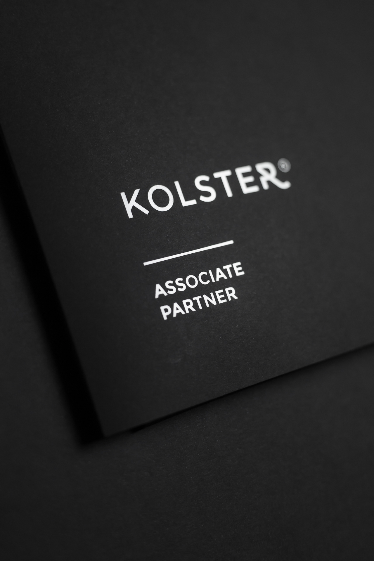 Kolster_Associate_Partner_folder_logo
