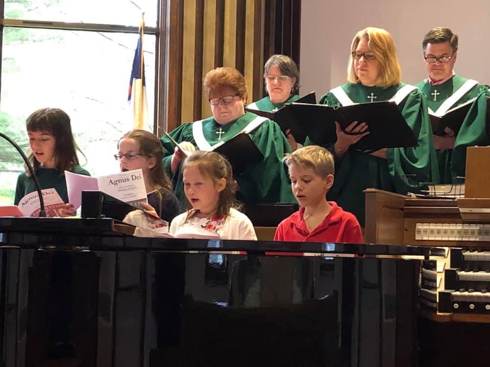 children and choir2.jpg