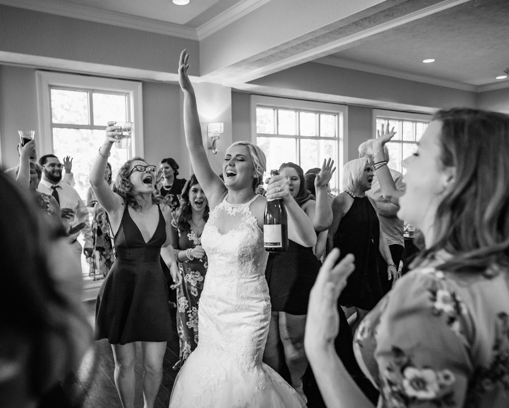 danielle-aaron-wedding-20190615-jakec-1211.jpg