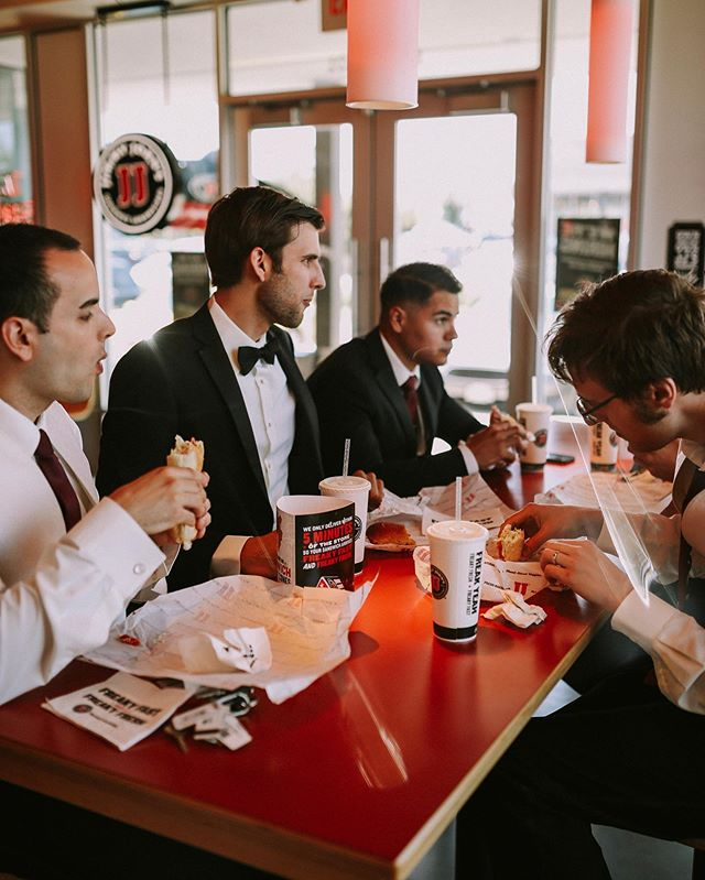 When everyone gets ready faster than expected, you have to get food. It's a rule 🥪 . . . . #wedding #photography #weddingphotography #jimmyjohns #fastfood #groomsmen