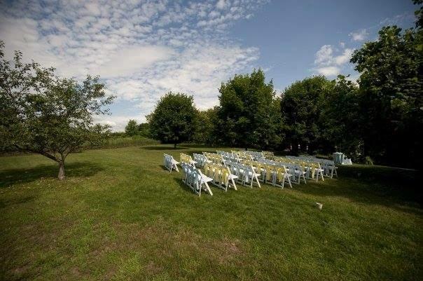 outdoor-pittsburgh-wedding-3.jpg