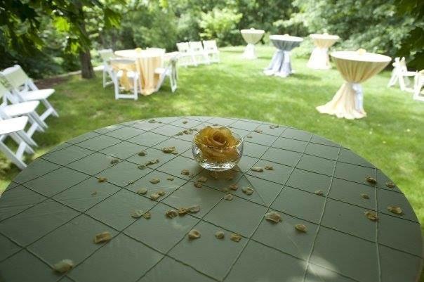 outdoor-pittsburgh-wedding-18.jpg