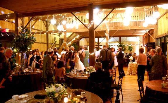 pa-barn-weddings-6.jpg