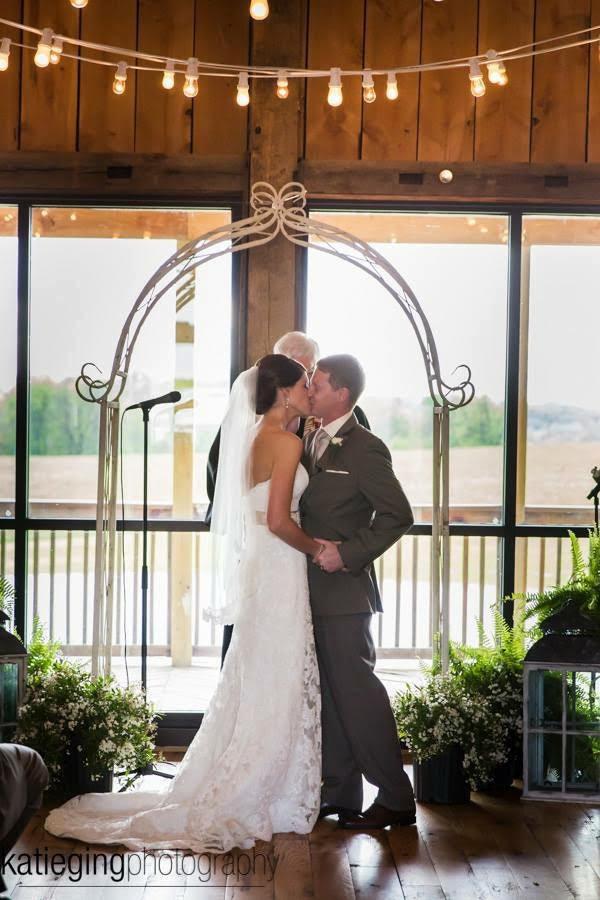 pa-barn-weddings-20.jpg