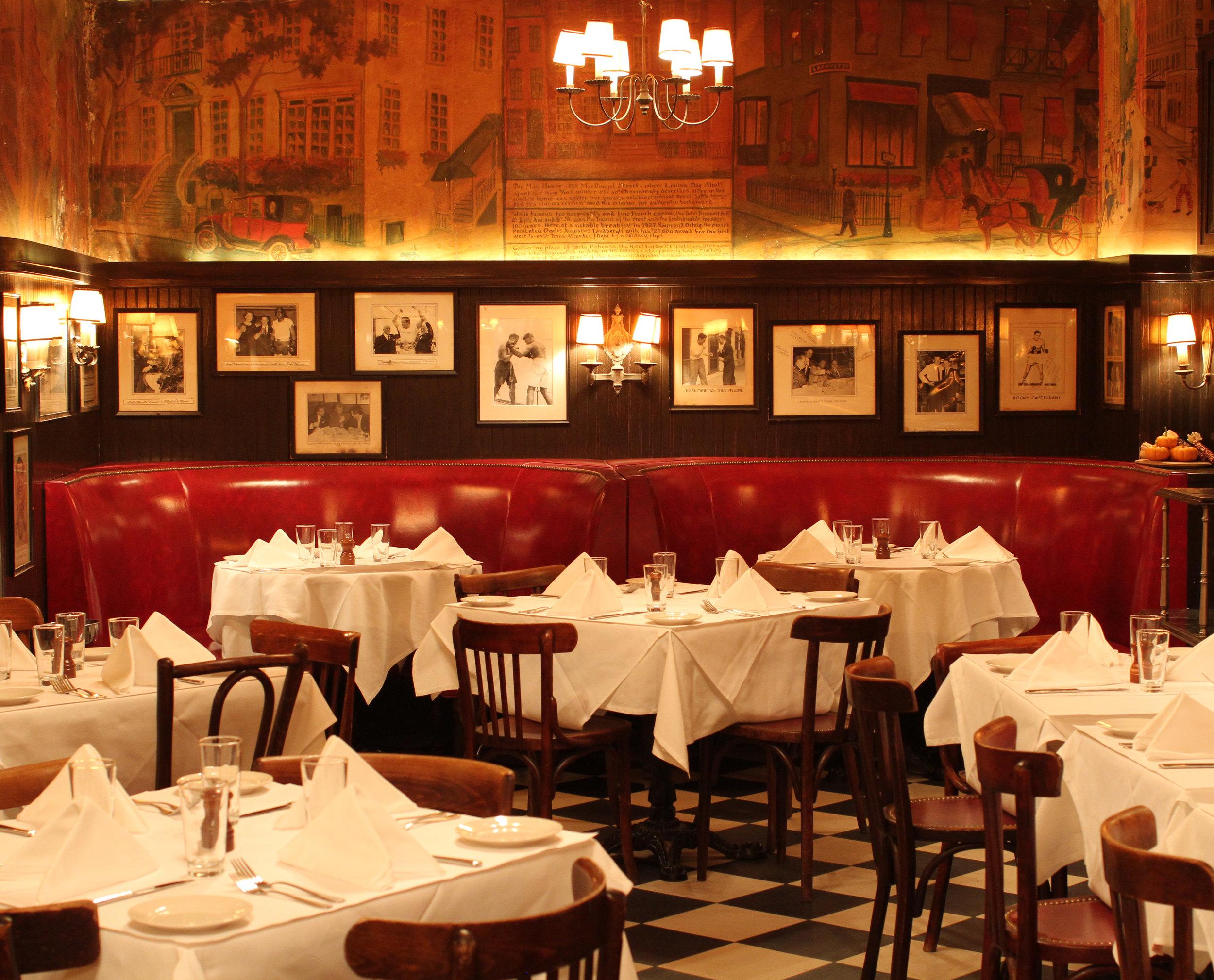 MinettaTavern_Dining Room Booths_Harry McNally_6_CROP.jpg