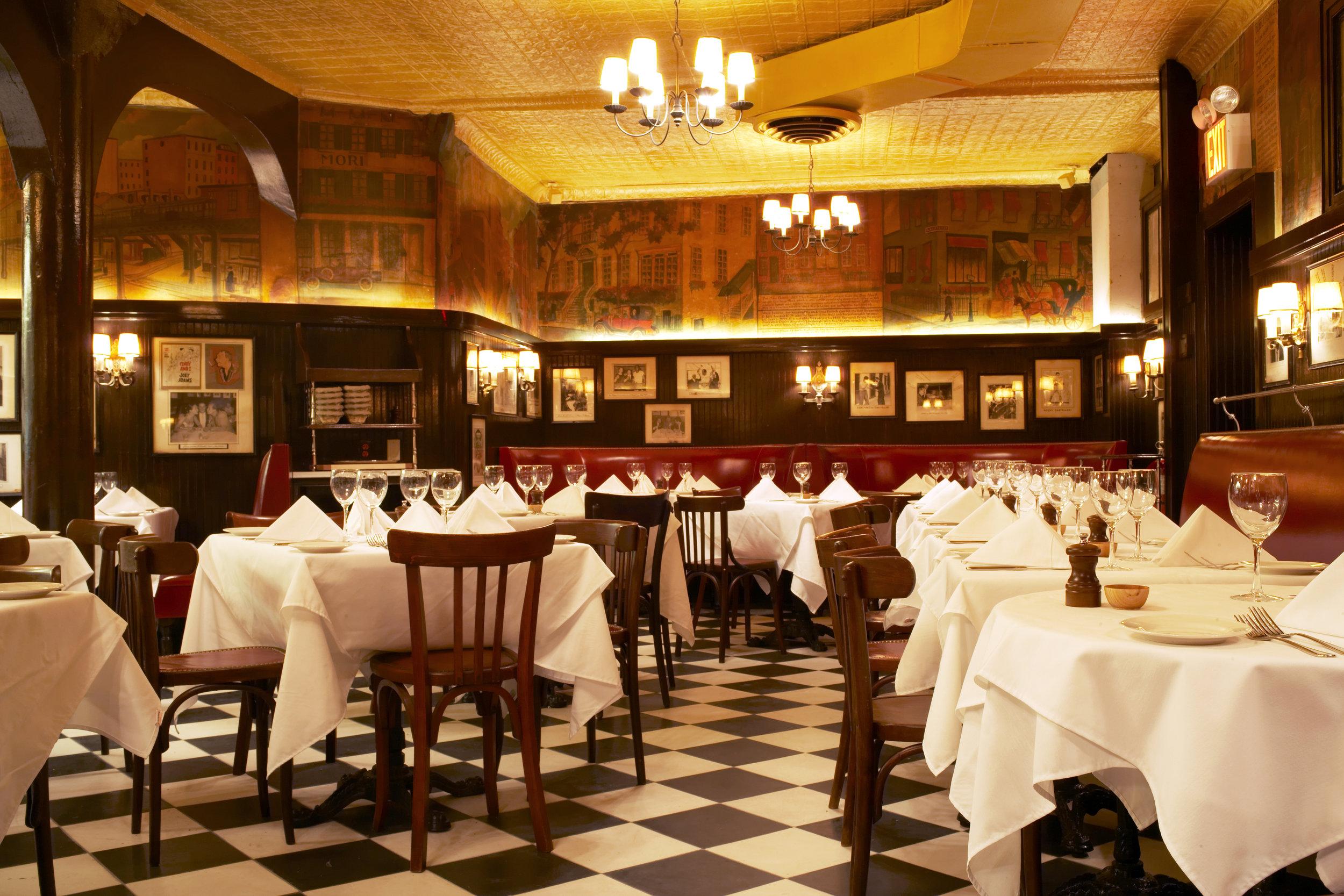 MinettaTavern_Dining Room Booths & Tables_Ngoc Ngo.jpg