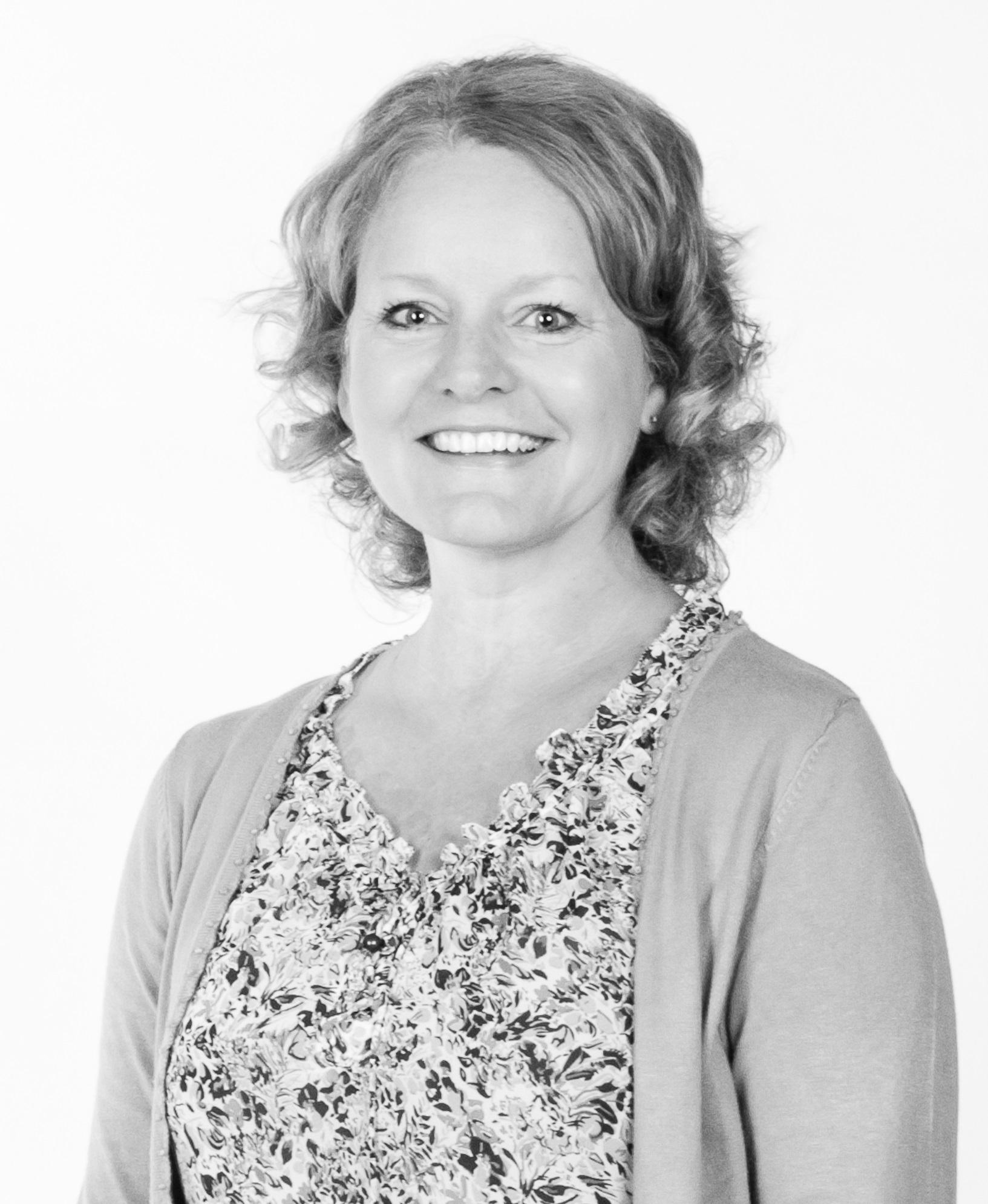 Carol Kowalski, Assistant