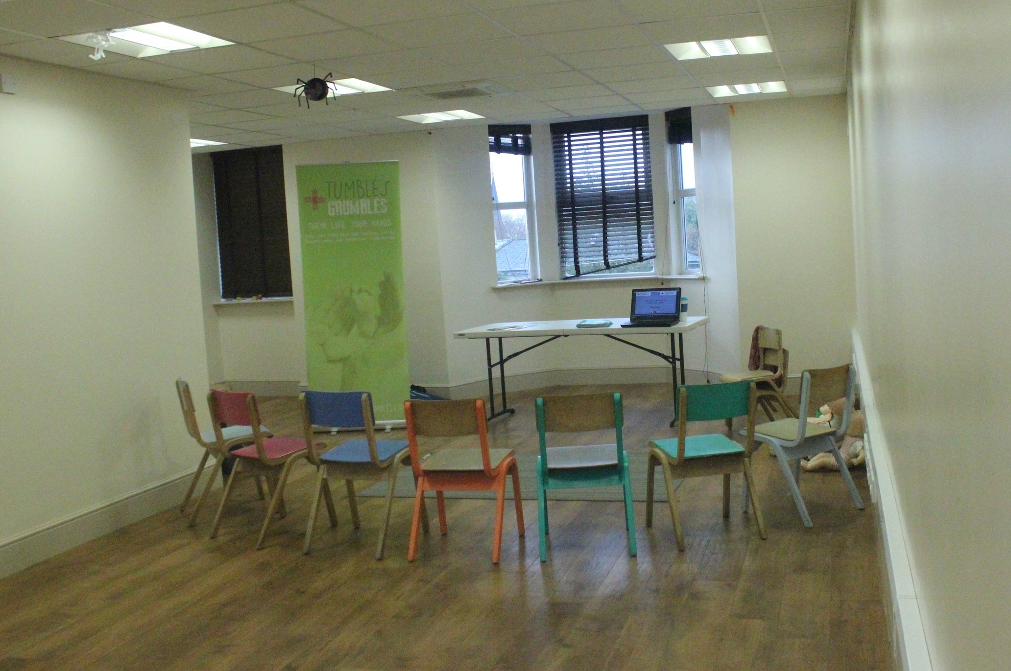 Tumbles-Grumble-paediatric-first-aid-room-set-up-sprog-on-the-tyne-north-east