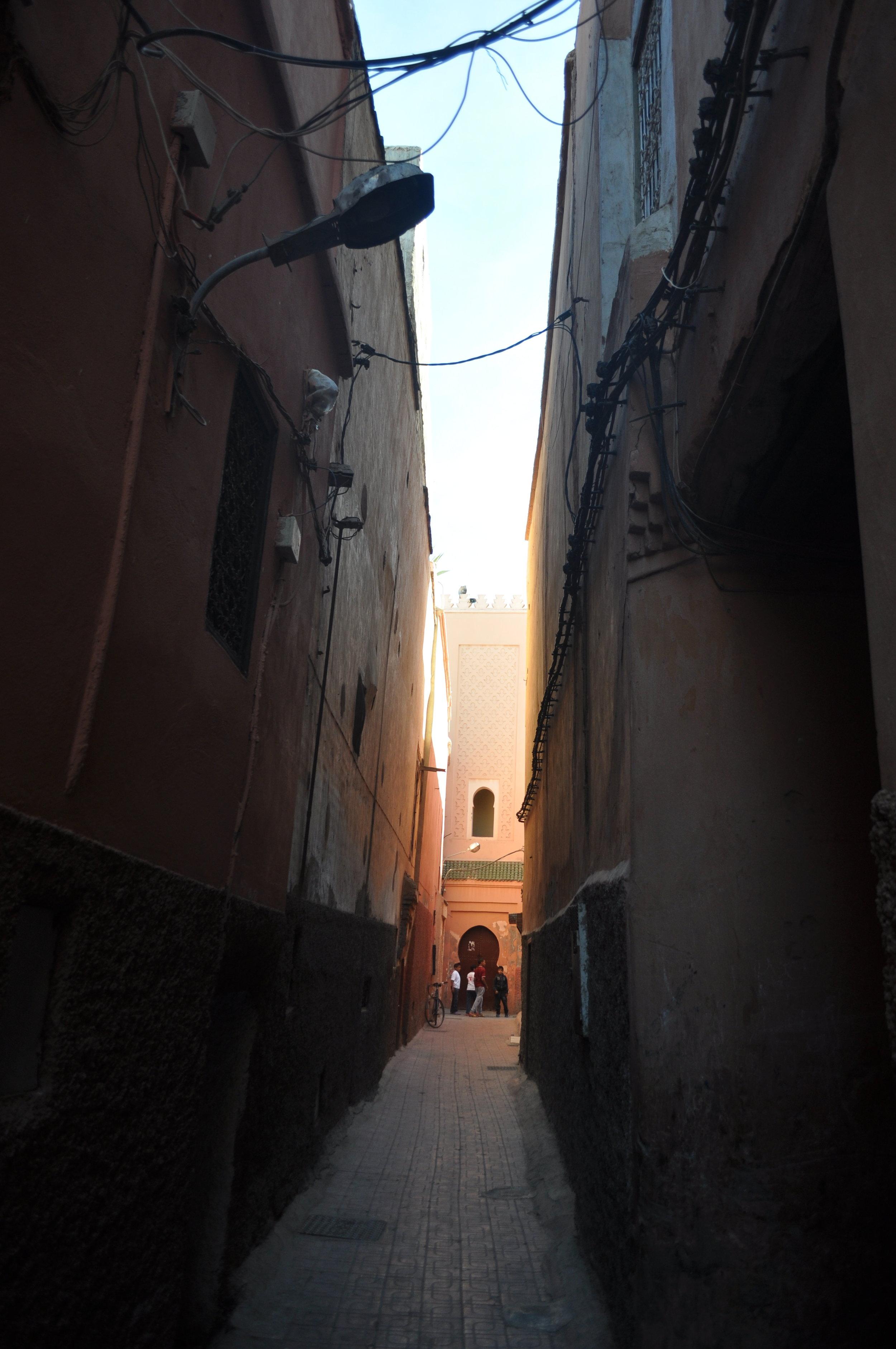 marrakech - street 1.JPG