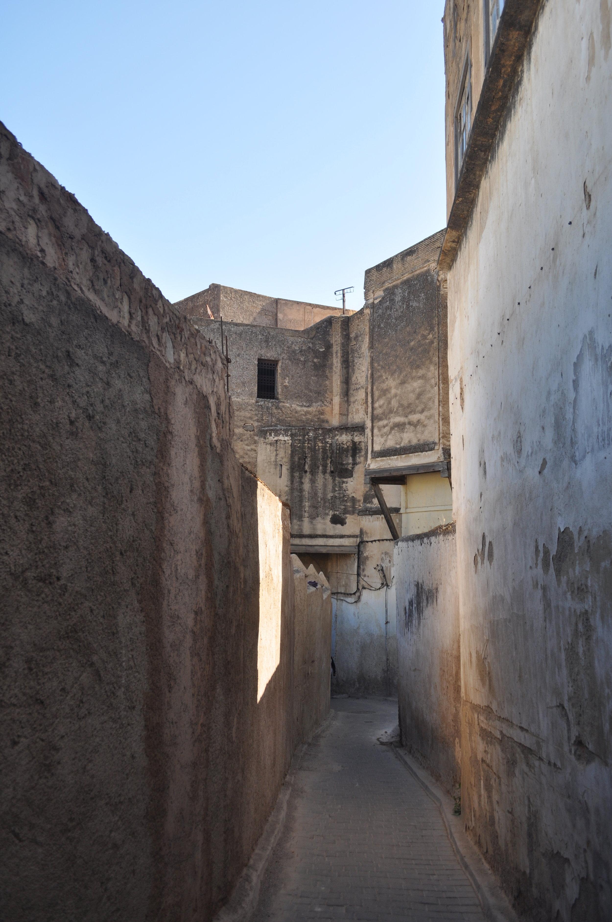 fes - back street.JPG