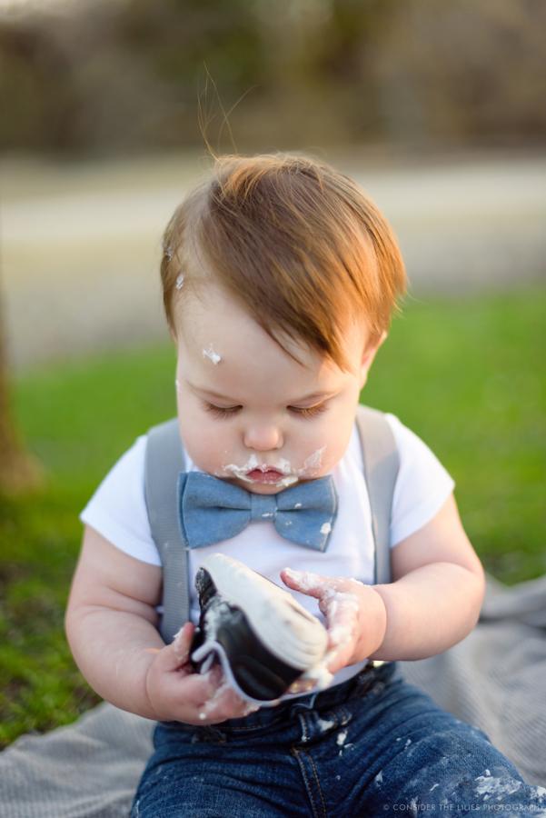 one-year-old-cake-smash-session-north-texas-allen-frisco-mckinney-plano-richardson-dallas-23