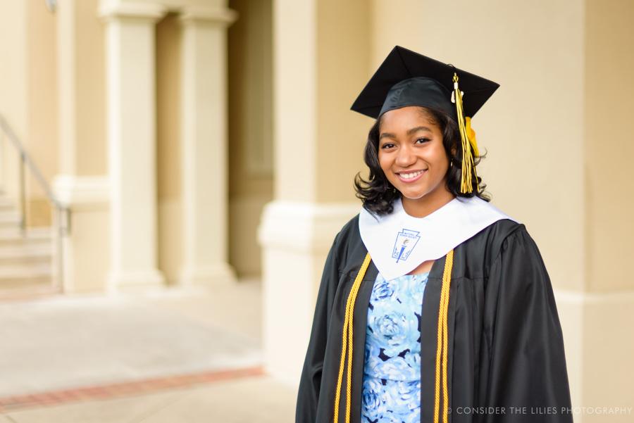 high-school-college-senior-portrait-session-upscale-shopping-center-watters-creek-allen-tx-texas-29.jpg
