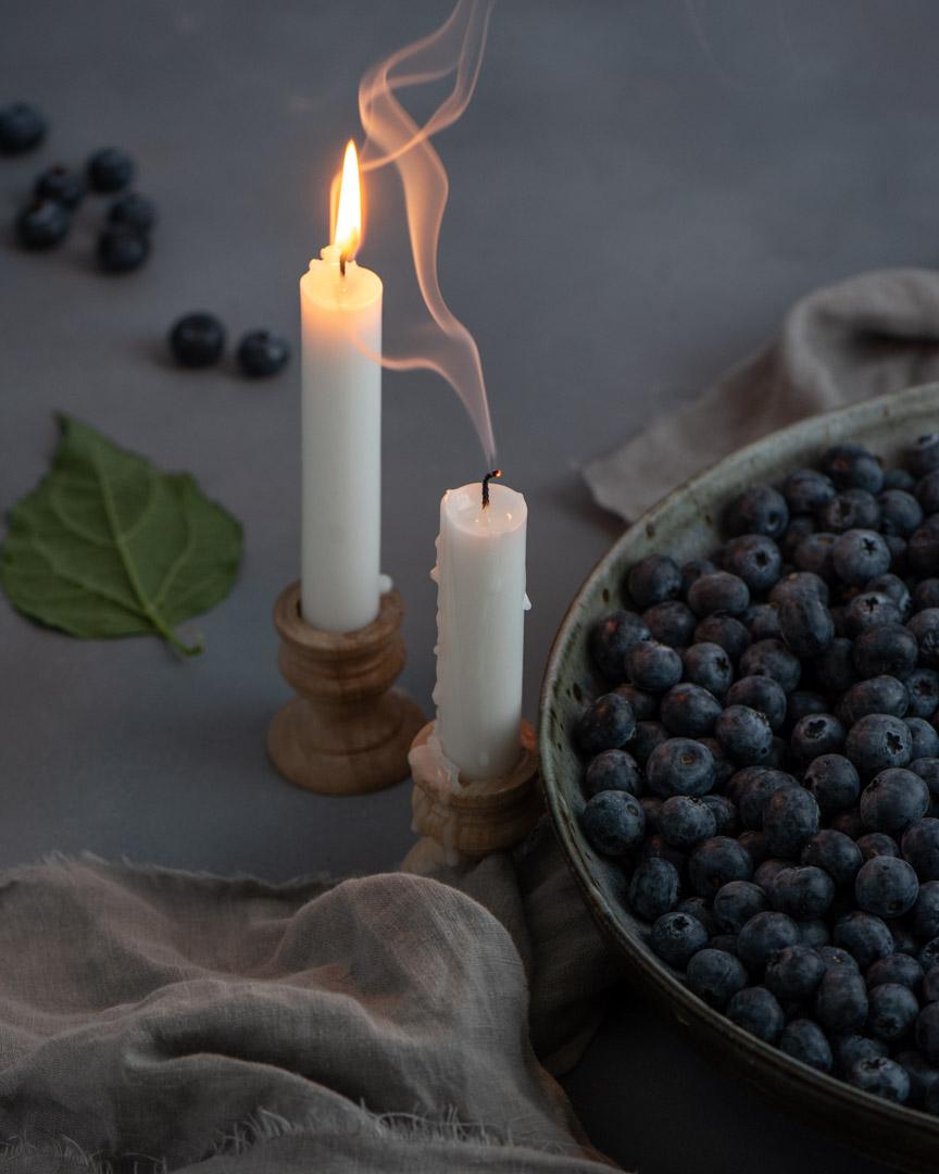 Blueberries-candle-light-Sunny-Frantz-Photography.jpg
