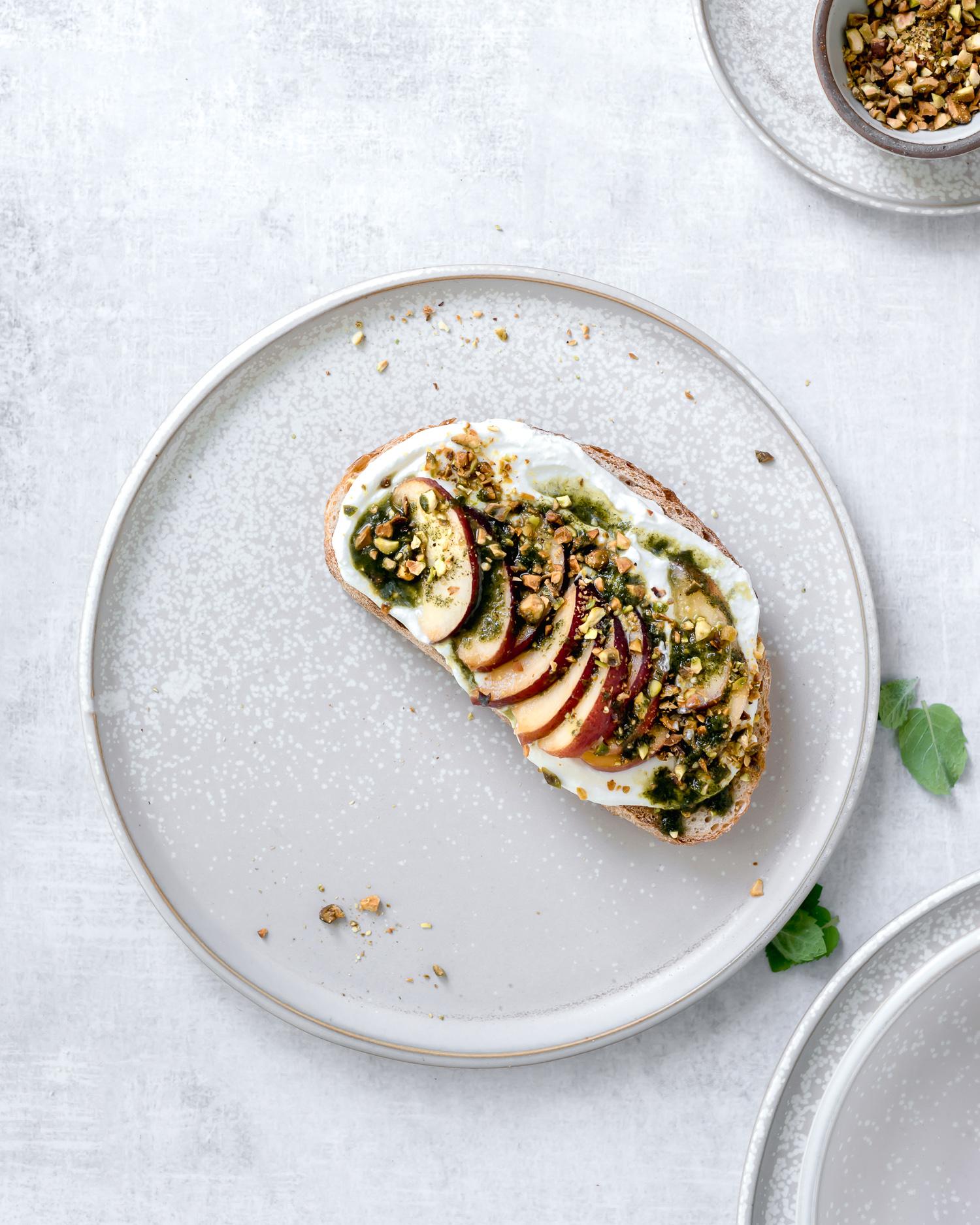 summer-peach-ricotta-toast-pistachio-3.jpg