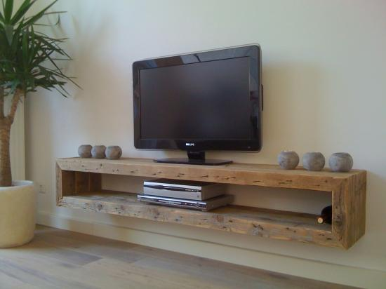 Wall Mounted Box Shelf |  Ruw Meubelen Denmark