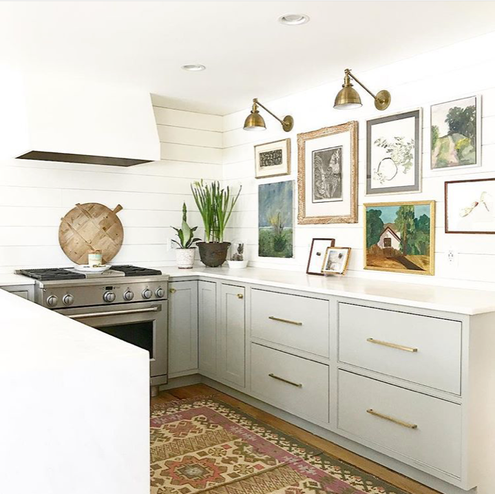 ChouxDesigns_ModernFarmhouse_kitchengallerywall.png