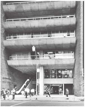 The Kinokuniya Building was established in 1964.